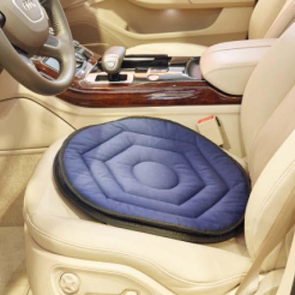 Pyörivä Istuintyyny helpottaa istumista ja ylös autosta